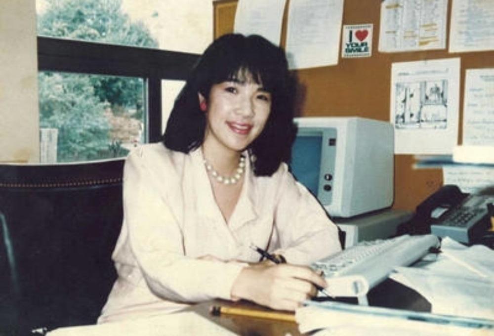 米国連邦議会オフィスで働いている高市早苗さん